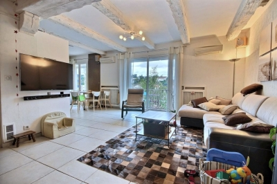immobilier marseille a vendre vente acheter ach maison marseille 13013. Black Bedroom Furniture Sets. Home Design Ideas