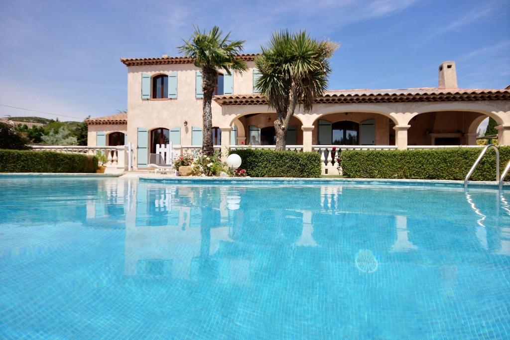 Immobilier marseille a vendre vente acheter ach for Restaurant avec piscine marseille