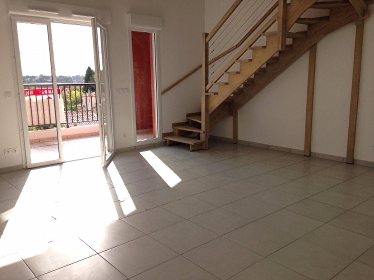 Immobilier allauch a louer locati appartement allauch for Garage a louer marseille 13012